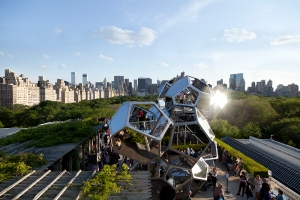 Tomás Saraceno on the Roof: Cloud City, The Metropolitan Museum of Art, New York, NY, 2012 Courtesy the artist and Tanya Bonakdar Gallery, New York Photograpy by Studio Tomás Saraceno, © 2012