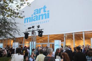 MIAMI, FL - DECEMBER 02:  A general view of atmosphere at Art Miami 25th Anniversary VIP Preview on December 2, 2014 in Miami, Florida.  (Photo by Aaron Davidson/Getty Images for Art Miami)