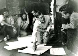 Josef Albers teaching students